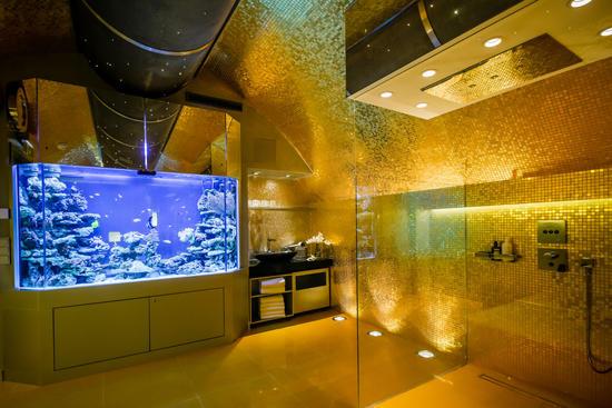 Aquarium im Wellnessbereich des Hotels Das Tyrol